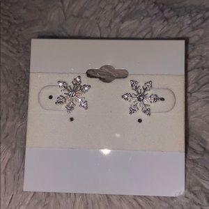 Beautiful Snowflake Sterling Silver earrings
